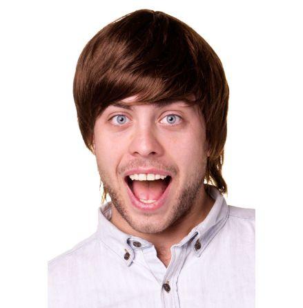 Liam, brun